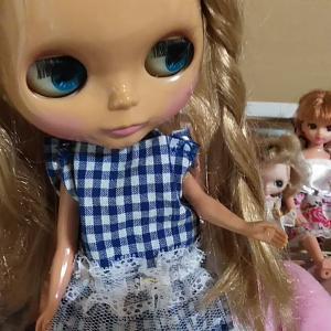 ブライスの友達バービーやジェニーはリカちゃんのイトコ!?