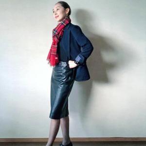 madameH CLOSET「レザースカート2009(ブラック」どう着る?①