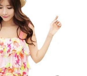 花柄タンキニ+ショートパンツ水着も半額セール!