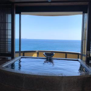 朝食&朝の絶景風呂
