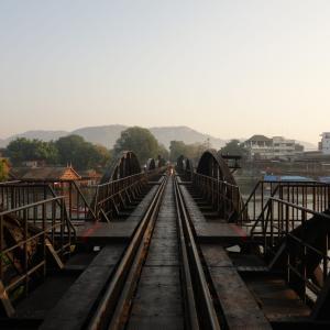 カンチャナブリー 戦場にかける橋
