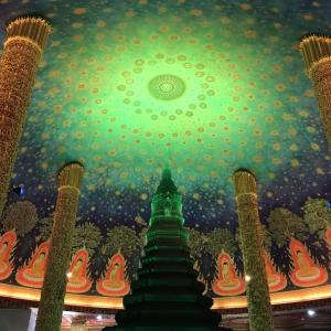 インスタ映えで有名なワットパークナムは本当に美しかった