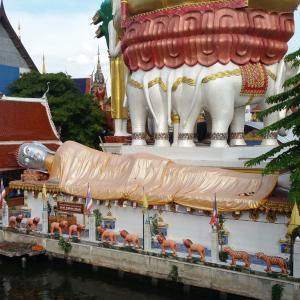 一風変わったバンコクの寺院「ワットクンチャン」は涅槃像が多いまったりとしたお寺