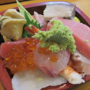 つくばにあるJAXAで「宇宙兄弟」気分を味わい、SAZA coffeeで濃いめのコーヒー、寿司やぐらで豪勢な海鮮丼をいただくとともに水戸にある日本三名園である「偕楽園」を訪問
