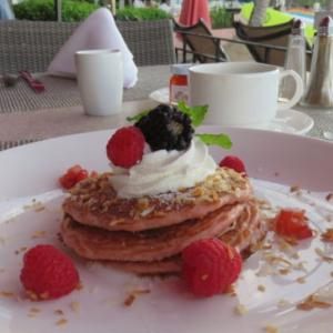 ハワイ・ワイキキでの朝食(ロイヤルハワイアン、ハレクラニ、アウトリガー)Surf Lanai、Orchid、Duke'sで過ごす優雅なひととき