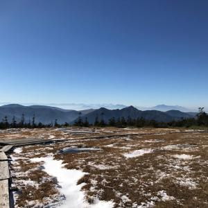 別世界の山頂庭園を楽しむ 苗場山登山(ドラゴンドラ山頂駅〜)