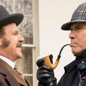 マッチングアプリで初めて会う男女には目印が必須 名探偵ホームズのような帽子を探し数字の謎を解け!エイジさん-5