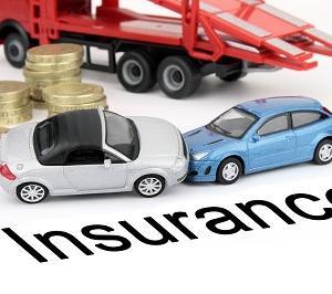 アメリカでの自動車保険を決める