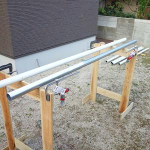 DIYで縦張りウッドフェンス 塗装