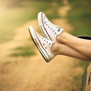 ミニマリスト、靴の断捨離。最低限、女性が持っておくべき靴とは?