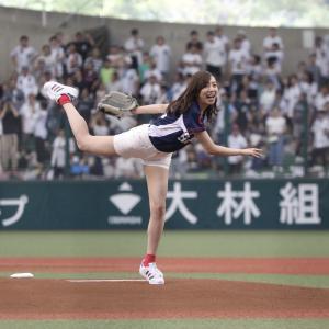 【乃木坂46】乃木坂が始球式するとその年そのチームは優勝する・・・???