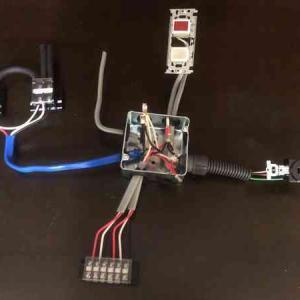 【第1種電気工事士 実技課題No.5】単相変圧器のV-V結線と三相機器の動力用コンセント回路の解説