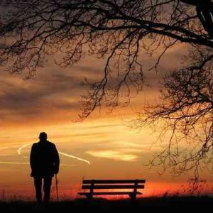【苦悩を幸福に】孤独が辛い、苦しいと感じる貴方が100倍幸せになる方法
