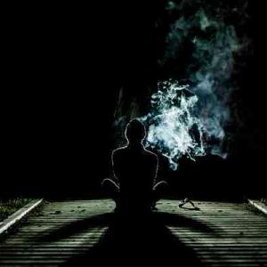【芸能界の闇】薬物に手を出す事で自分と自分の大切な人の一生が失われる事がなぜ分からないのか