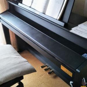 電子ピアノ到着