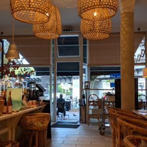 【おすすめカフェ】TH2 ハンブルク デザイナーズカフェ/Torsten Hallmann/お食事あり/港町カラー – Eppendorf/Klosterstern [ドイツでグルメ]