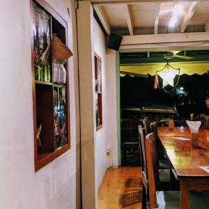 【おすすめレストラン】Tamarind ルアンパバーン ローカル料理/ラオラオ/もち米 – Kingkitsarath Rd, Luang Prabang [ラオスでグルメ]