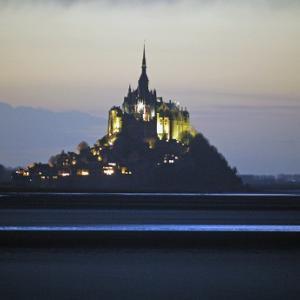 モンサンミッシェルの夜景がおすすめです!