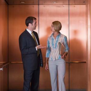 エレベータートークにトライ