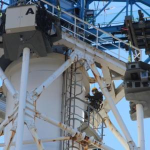 福島第一原発の排気筒、作業計画を見直し!難航で来年3月までに終わらず デブリ取り出しは2021年から開始へ