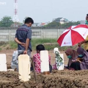 日本の未来?インドネシアで新型コロナ死者が10万人に!自宅療養中の死亡報告が目立つ