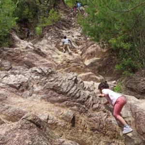 家族で登山 六甲山 ロックガーデン