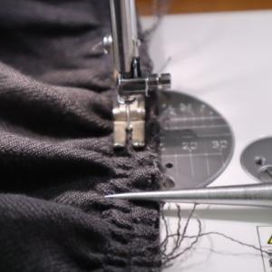 11/26のハンドメイドナチュラル服の制作。