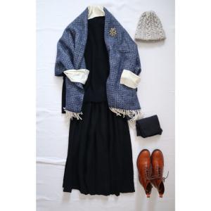 冬ごもりのリネンスカートブラックとナチュラル服コーデ