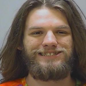 【米】大麻所持で逮捕された男、法廷で大麻を吸引し逮捕される