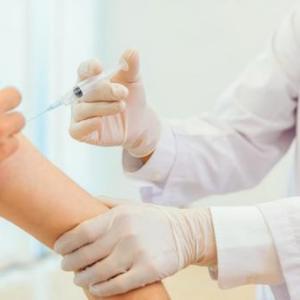イスラエル・コロナ対策最高責任者「ワクチンは4回目の接種も必要」「定期的なブースター接種がニューノーマルになる」