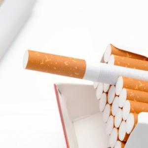 タバコ銘柄は手放さない