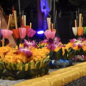 パタヤ)AVANIホテル等でロイクラトンのお祝い、フォトギャラリー