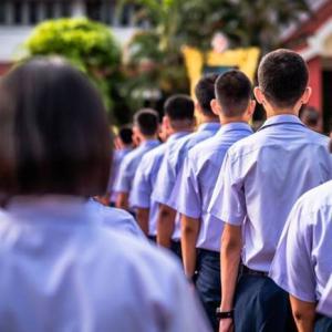 タイ)2月1日から公立学校再開!Samut Sakhon県のみ休校続く