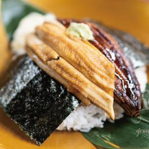 京都・西京極の行列のできるデカ盛り海鮮丼や鮮魚ランチの人気店で味わう!うなぎと穴子のハーフ&ハーフ丼!すし・ごはん馬ん馬(ばんば)