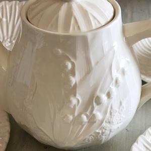 ヴィンテージ 白い食器 エミールテシエや 鈴蘭レリーフのバルボティーヌ♪♪♪