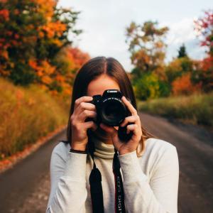 人物をうまく撮影する5つの方法【動画&スナップ写真】