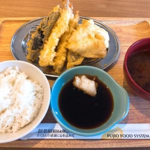 『天ぷら えびのや 伊丹店』国道沿いのサクサク天ぷら屋さん。天ぷらウマいし、天丼も甘辛たれが絡んで旨そう!駐車場も広いです!