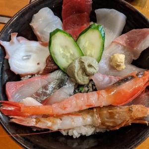 三七十鮨(香美町)の海鮮丼がおいしい