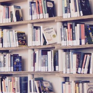 【メルカリ】本の出品方法と売り方│素人の初心者が100冊売ったので経験を書きます