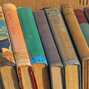 【メルカリ】古い本を売るとき注意すべきこと