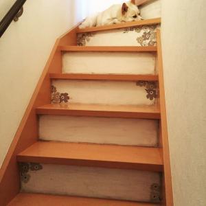 階段をマリメッコ柄にDIY