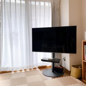【EQUALS】新感覚のテレビスタンドをお迎えしました。