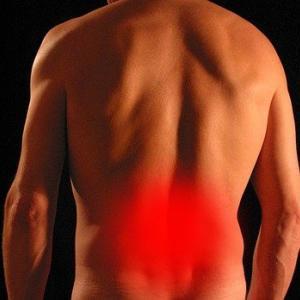 フォームローラーを下背部(肋骨・骨盤もない背中、腰椎)に使ってはいけない!はどの程度本当?