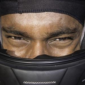 頭にも下着を!ヘルメット着用時はインナーキャップ(ドゥーラグ、スカルキャップ)をかぶろう!