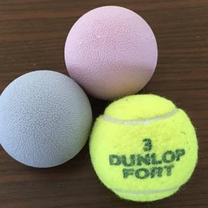 マッサージ道具はテニスボールよりラクロスボール? それともダイソーのリフレッシュボール?