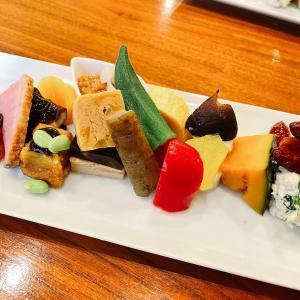 神戸・中華街の路地裏のコスパ最強の和食店「鶴のひとこえ」のランチ(神戸・元町)