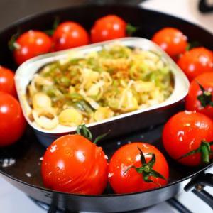 オイルサーディンとプチトマトの熱々
