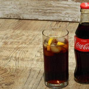 【配当利回り4%】コカコーラ株はこれからが買い時な理由【57年連続増配】