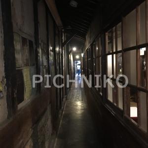 古い建物の廊下の画像(Sajumu)