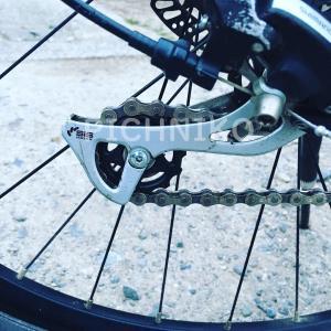 サイクリング車タイヤのアップ画像